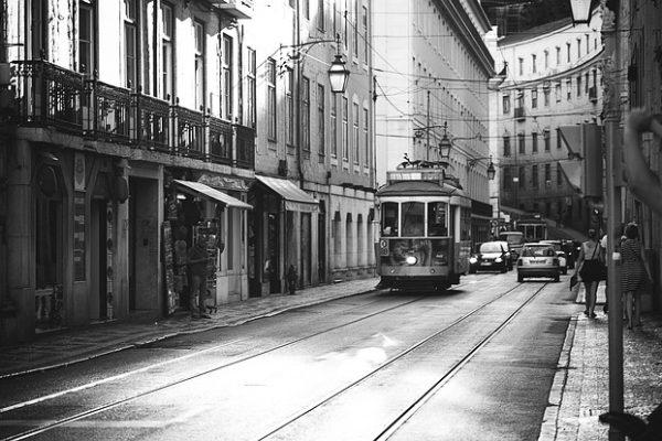 lisbon-1681011_640